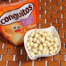 Conguitos white