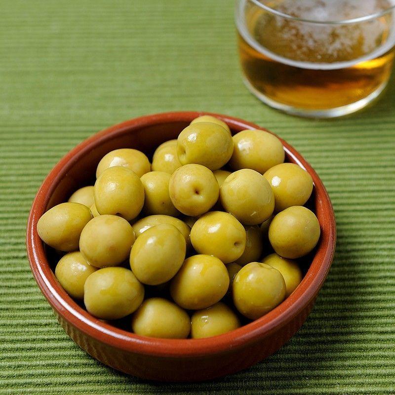 Manzanilla Oliven mit Anchovy Geschmack