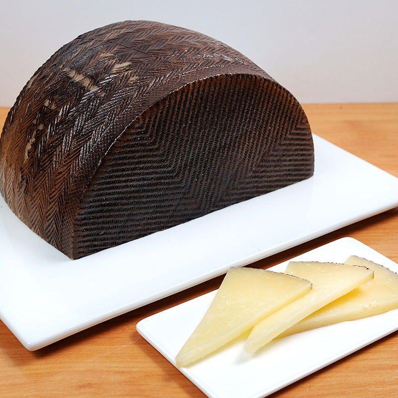 Queso de Oveja 3,2 kg. Pieza Entera