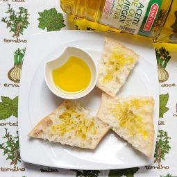 Extra Virgin Olive Oil Empeltre 2 L.